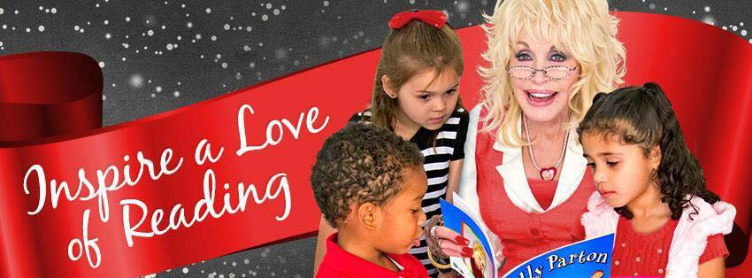 #GIVINGTUESDAY:  UNITED WAY OF NWLA AND SANTA PROMOTE EARLY LITERACY AT BARNES & NOBLE