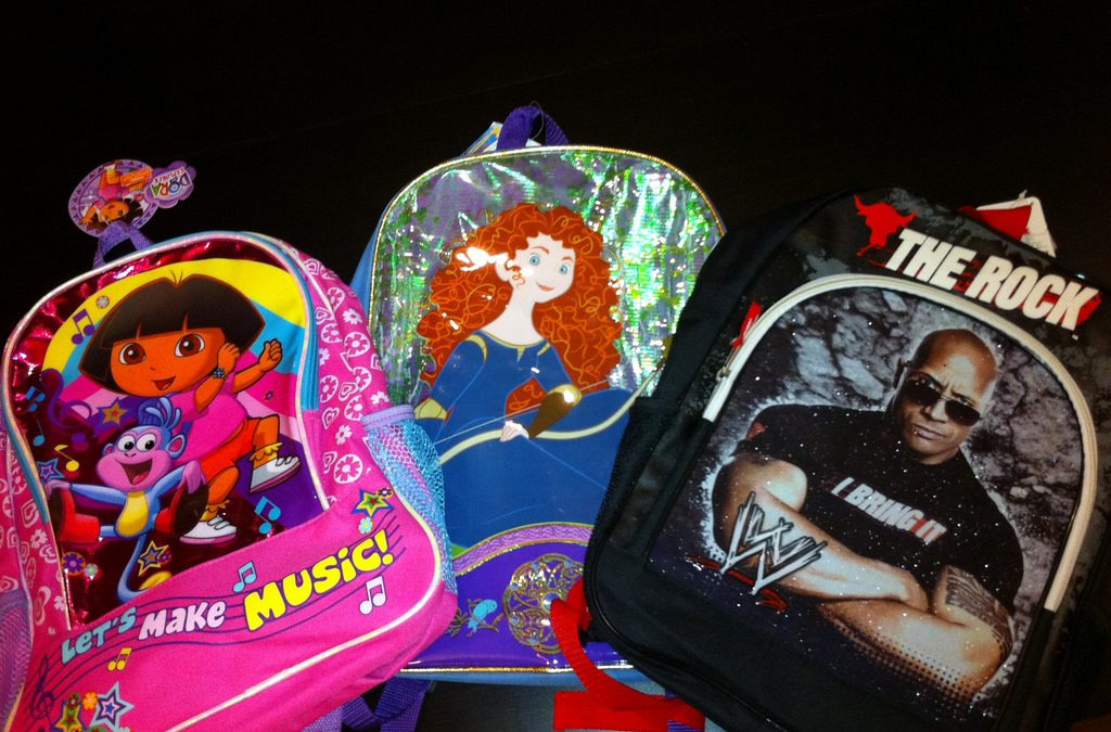 UNITED WAY and AKA DISTRIBUTE 500 BACKPACKS TO NATCHITOCHES Schools