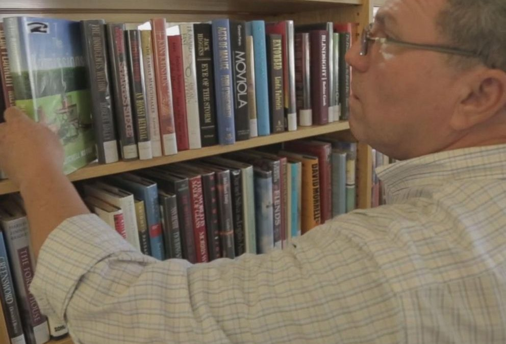 Man learns to read at age 47 after hiding illiteracy for years